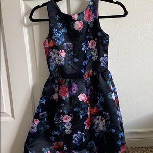 H&M • floral dress •10-11Y